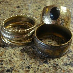 Jewelry - Lot of 6 Gold-tone Bracelets